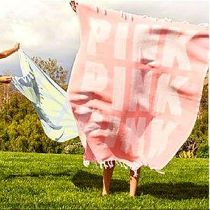 PINK Victoria's Secret Festival/Beach Blanket Pink